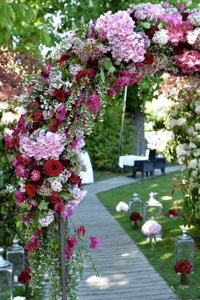 arche fleurie mariage reflets fleurs