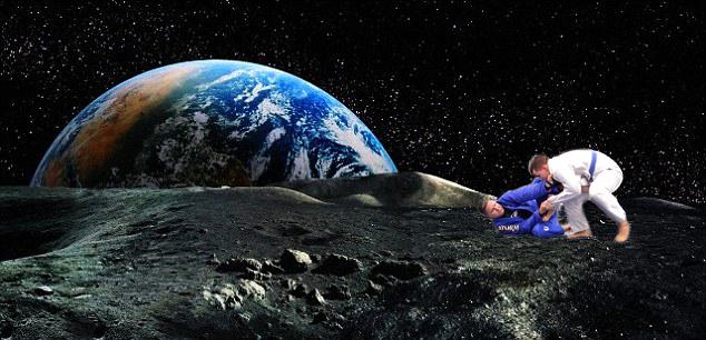 Jiu Jitsu rolling in space