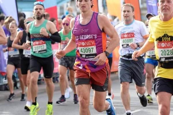 Reading osteopath Rob Bryson completes the 2021 London Marathon
