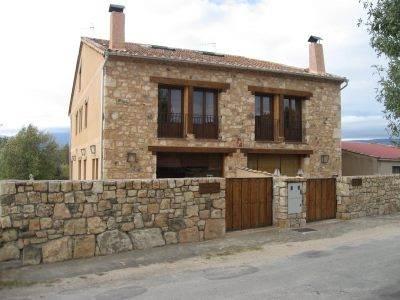 Fachadas de ladrillo y piedra con estilo rstico
