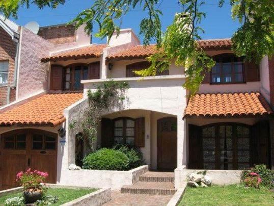 fachadas coloniales de casas pequeñas