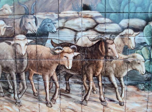 pared con azulejos artísticos pintados a mano