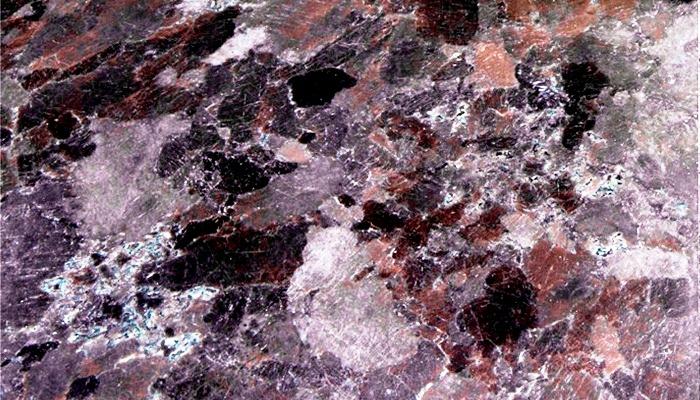 La belleza de las encimeras de granito vuelve a estar de