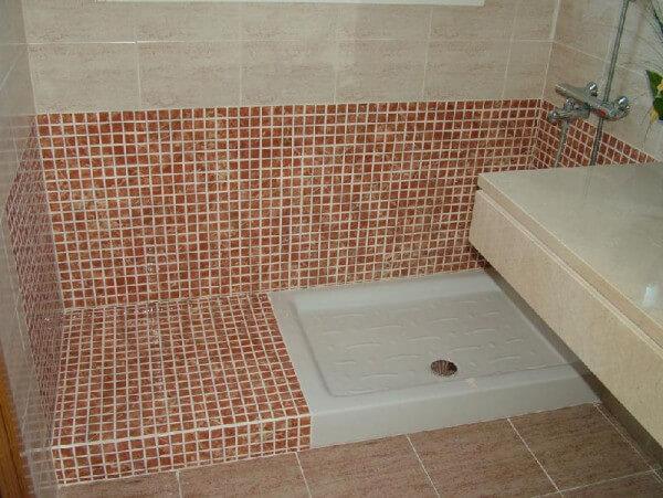 Platos de ducha 5 Tipos de Suelos para Duchas