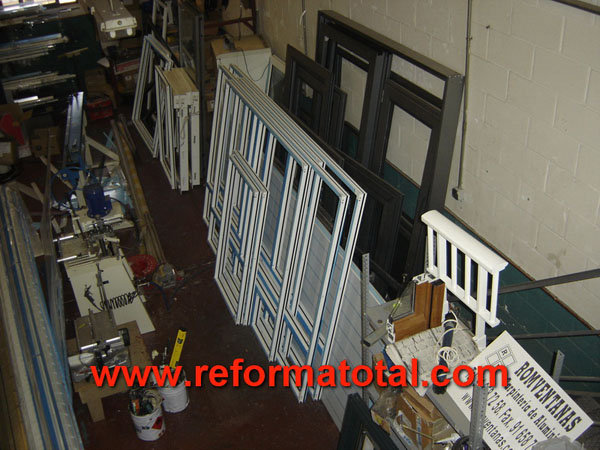 Instalaci n reforma total en madrid empresa de for Carpinteria de aluminio en vendrell