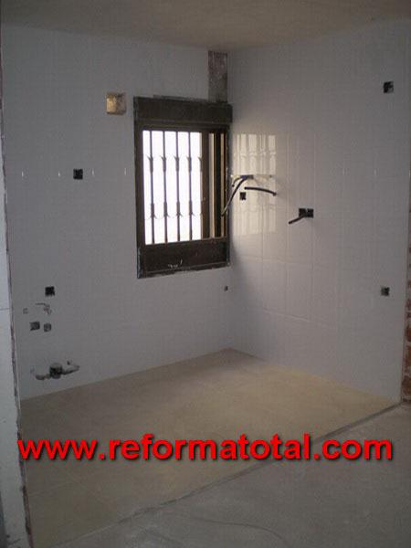 047 08 fotos duchas de obra reforma total en madrid - Pintura para rejas ...