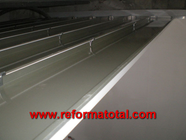 Techo lamas aluminio reforma total en madrid empresa for Lamas aluminio techo