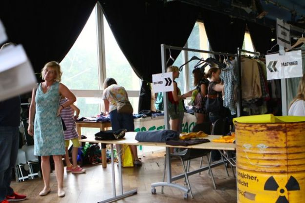 12:00 Uhr, kurz vor dem Ansturm - 13. Juni 2015, Hamburg, Haus 73, Schulterblatt
