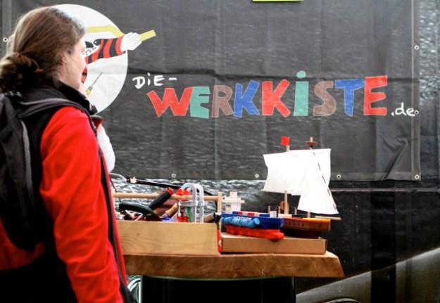 Echtes Werkzeug für Kinder und die ganze Welt des Holzwerkens bietet »Die Werkkiste« aus der Hamburger Schomburgstraße