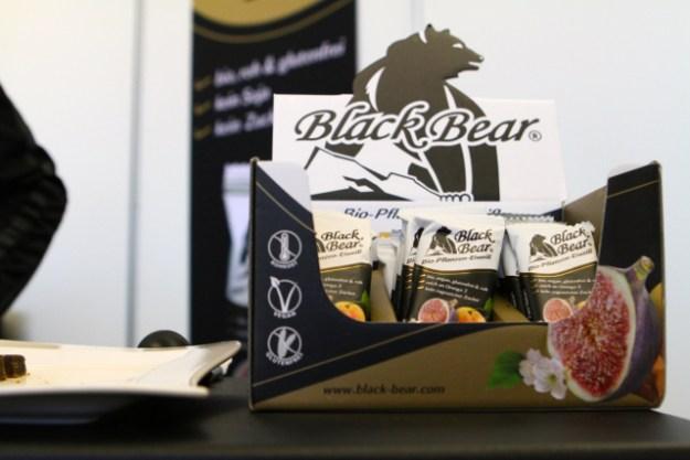 Black Bear, Energieriegel aus Österreich, gibt's jetzt in zwei Varianten