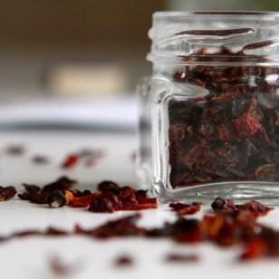 Wunderbare Farbe ergibt Früchtetee - ganz zu schweigen vom Aroma