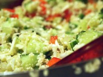 Falscher Couscous Salat mit Blumenkohl aus Mengeles »Low Carb auf die Schnelle«