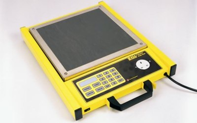 Industrial Weigh Scale with switched socket output