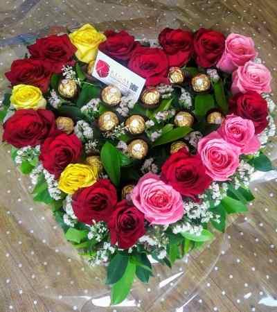 Ferrero & Roses 002 Arrangement