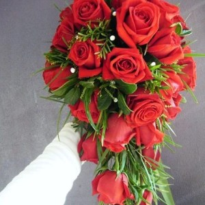 Cascading bridal bouquet 001 - red roses with greens