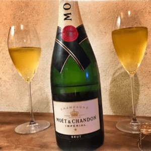 Moet & Chandon Brut Imperial - Sparkling Wine from Champagne, France