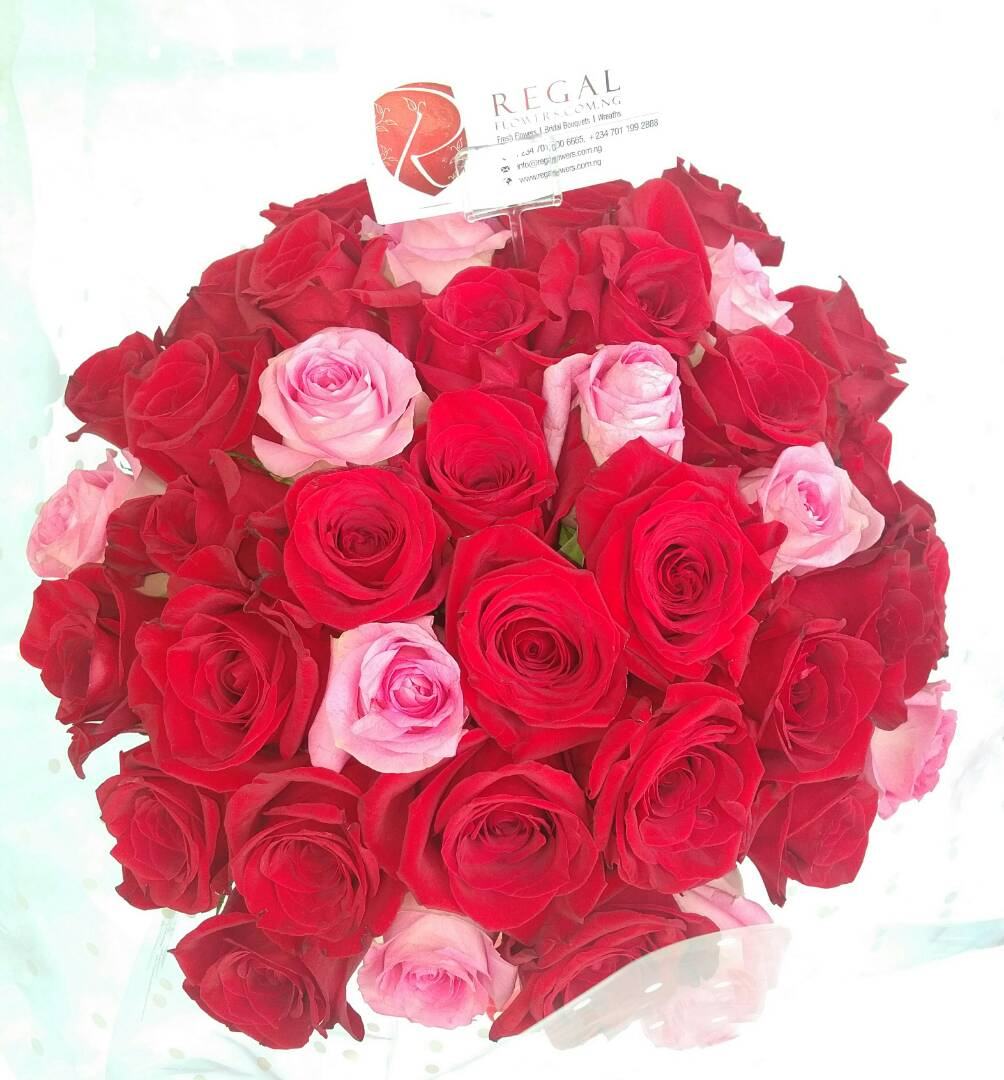Mon Precieux My Precious Luxurious Mix Of Red And Pink Roses