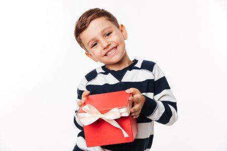 cosa regalare ad un bambino primo giorno di scuola