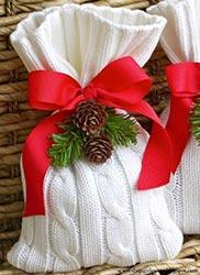Un'idea veloce e semplice è quella di realizzare delle decorazioni natalizie fatte in casa. 12 Regali Di Natale Fai Da Te Regalix