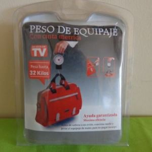 Peso maletas con cinta métrica