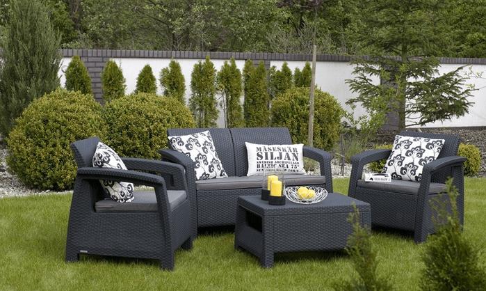 set de muebles de jardinn