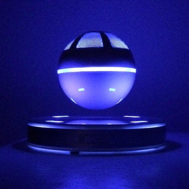ice orb parlantes bluetooth flotantes