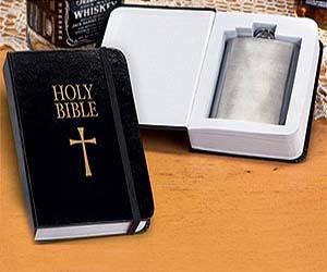 biblia con petaca