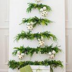 3 ideas de árboles de Navidad originales y que no ocupan: ¡atrévete con ellos!