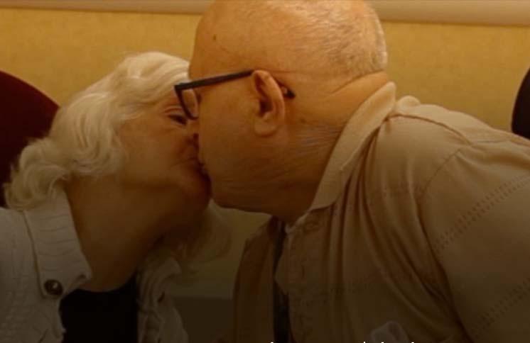 Love stronger than Alzheimer's