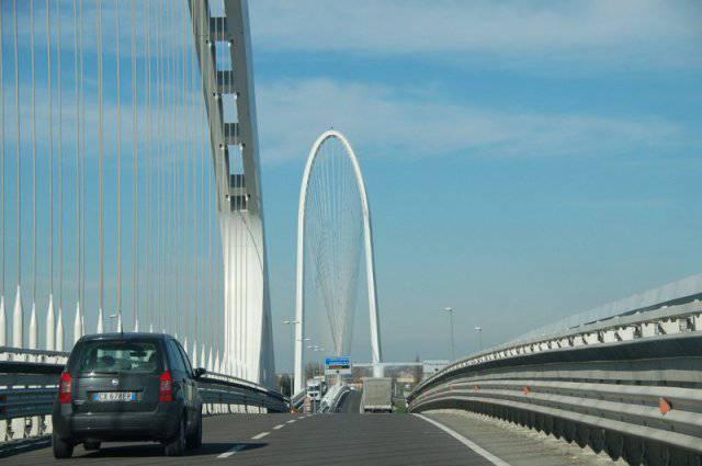 Crollo Genova Calatrava si candid a rifare il ponte