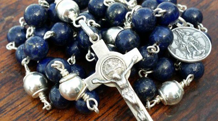 corona-rosario strumento di grazia