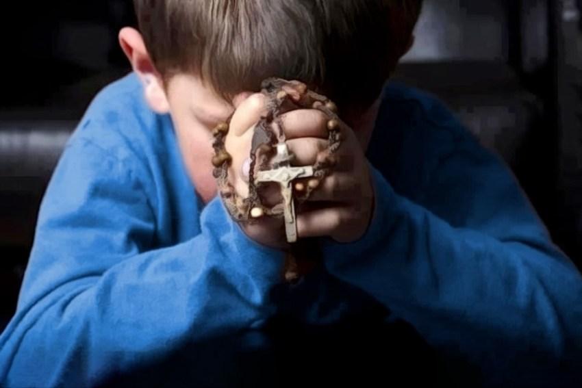 Quando recitiamo il rosario parliamo con Maria