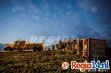 27mrt2015_Vrachtwagen op zijn kant N305 Zeewolde_0721