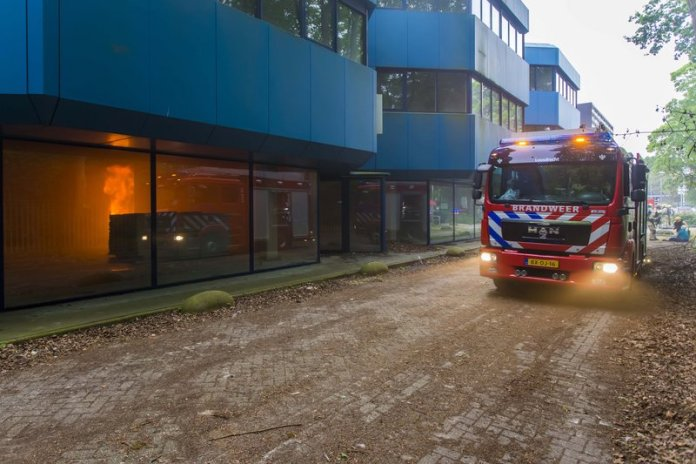 10mei2016_Brandweer oefening Vreelandseweg Hilversum_6285M
