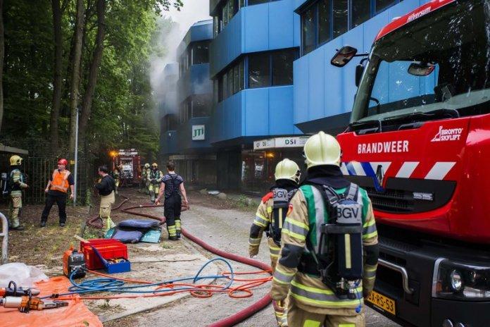 10mei2016_Brandweer oefening Vreelandseweg Hilversum_6567
