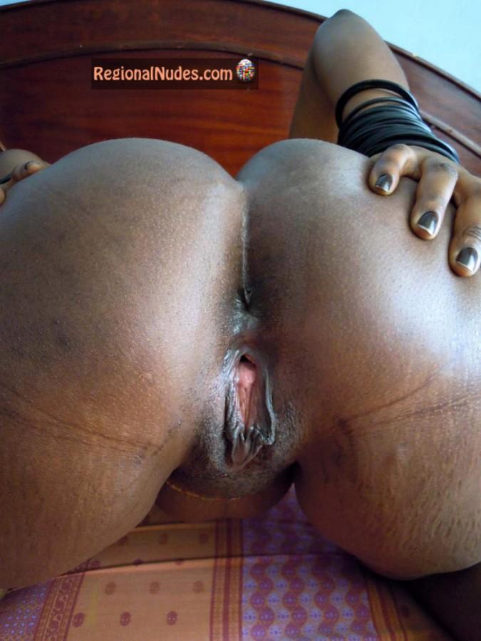 black spread pussy
