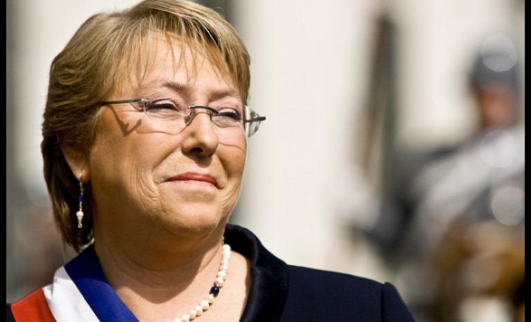 Bachelet llama a chilenos residentes en el exterior a votar