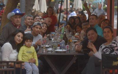 Más de 27.000 chilenos viajaron a Argentina para celebrar sus feriados