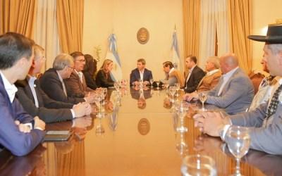 Autoridades del Banco de Alimentos presentaron la iniciativa al gobernador