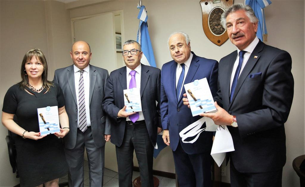 Por la buena relación que los une, consejeros regionales de Coquimbo visitaron a sus pares de la Legislatura