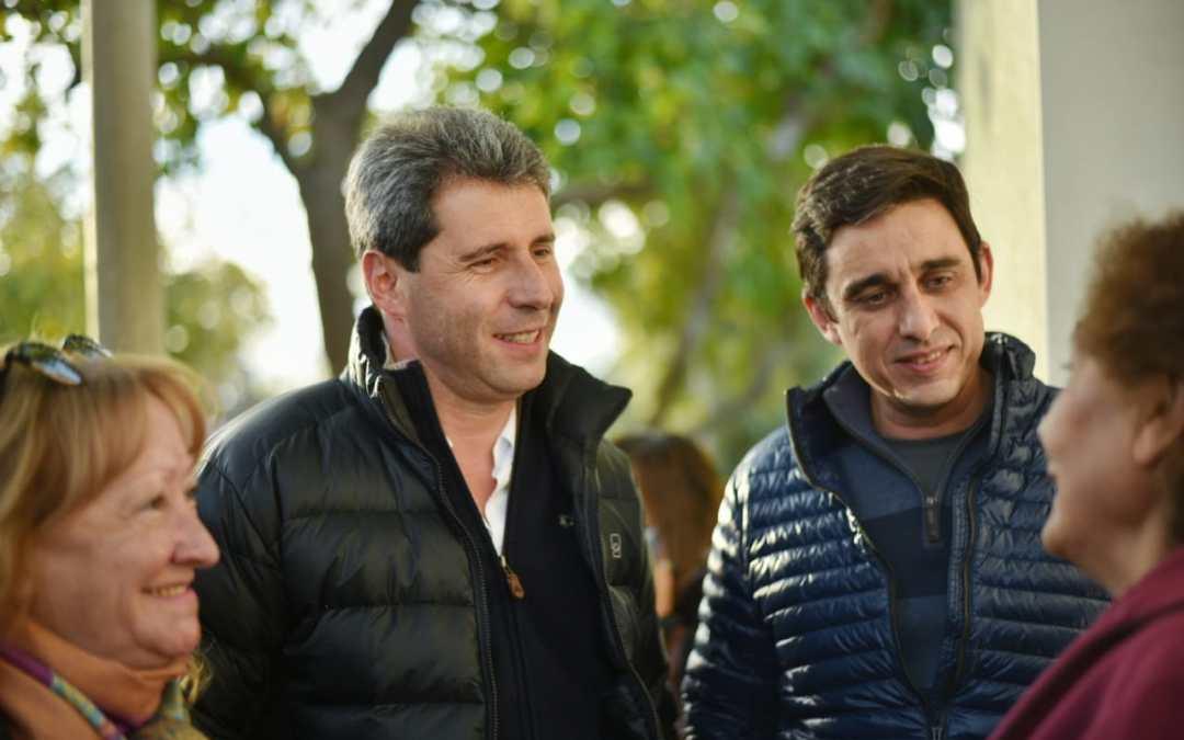 Codo a codo, Uñac y Baistrocchi escucharon a vecinos de Capital