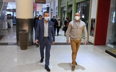 Intendente de Rivadavia supervisó el protocolo de higiene para re-abrir el shopping del departamento