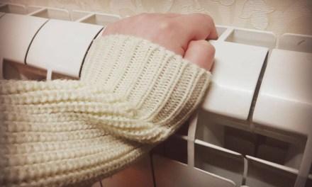 Мешканка Запоріжжя взяла в заручники весь дім, вимагає зробити в її квартирі ремонт
