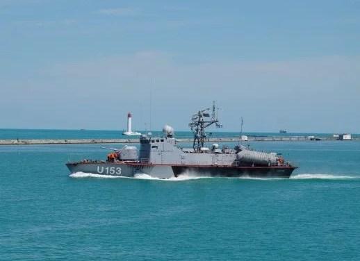 У Чорному морі українські силовики відкрили вогонь для зупинки судна