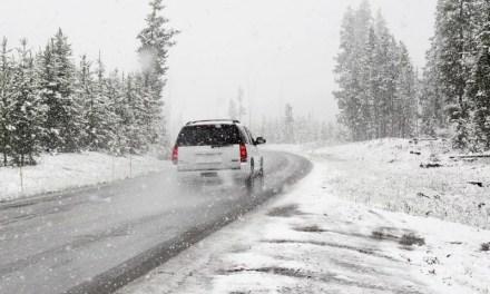 Запоріжців попереджають про складну ситуацію на дорогах