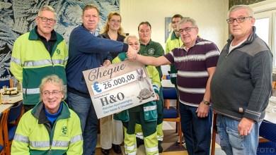Photo of H&O Den Helder verrast Dierenambulance met 26.000 euro