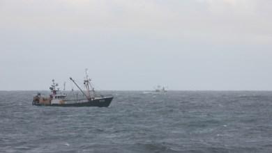 Photo of Bemanningsleden Texelse reddingsboot gewond bij zoektocht naar vermiste kotter