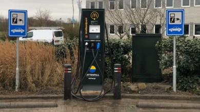 Photo of Snellaadpaal bij McDrive Den Helder