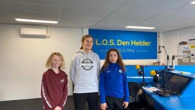 Photo of De Dijk vlogt over schoolvoetbal