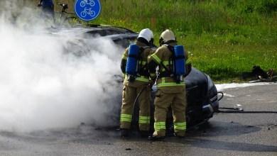 Photo of Mercedes afgebrand op de Balgweg
